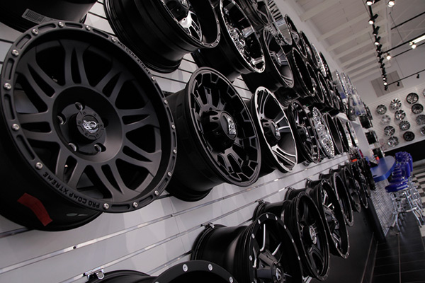 Custom Wheels Auto Addictions - Rim websites that show your car
